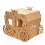 Carriage Cardboard Cat House front top right – true aristo-cat in a fairy tale