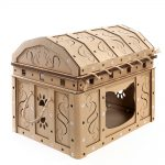 Dead Man's Chest Cardboard Cat House front right – revive dreams of treasure hunts