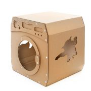 Wash Cardboard Cat House front left – jump and enjoy the perfect wash